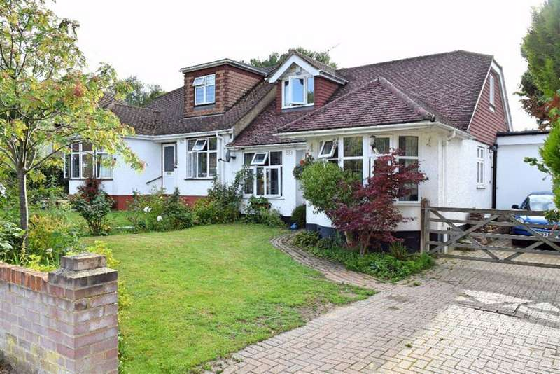 3 Bedrooms Semi Detached House for sale in Robyns Way, Sevenoaks, TN13