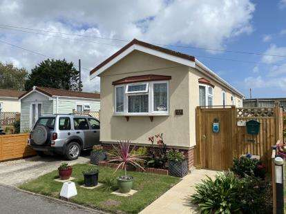 2 Bedrooms Mobile Home for sale in Hayling Island, Hampshire, .