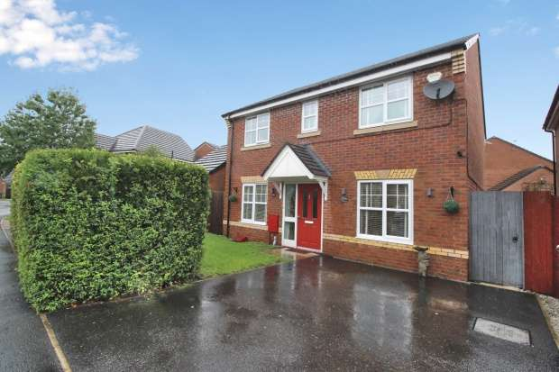 Detached House for sale in Roseway Avenue, Manchester, Greater Manchester, M44 5GJ