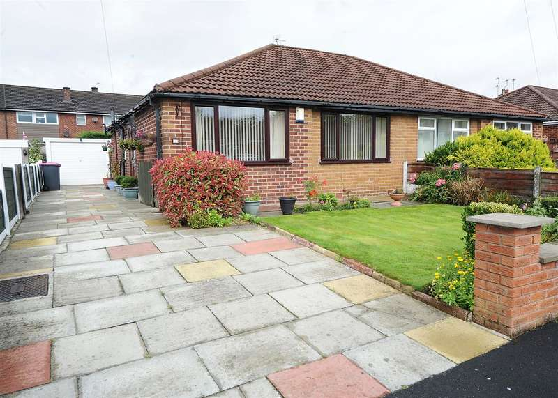 2 Bedrooms Bungalow for sale in 5 Marlow Drive, Irlam M44 6LR