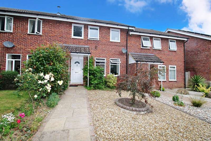 4 Bedrooms House for sale in Crundles, Petersfield, Hampshire, GU31
