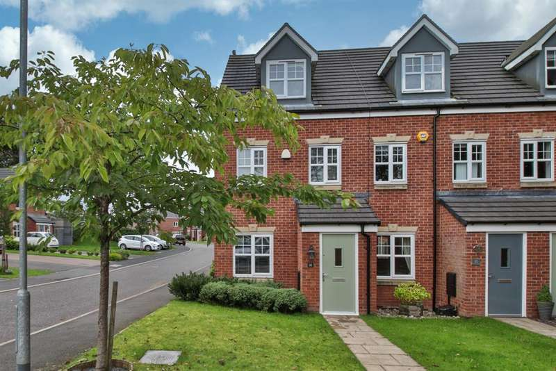 3 Bedrooms Mews House for sale in Mayflower Gardens , Wardle, OL12 9DF