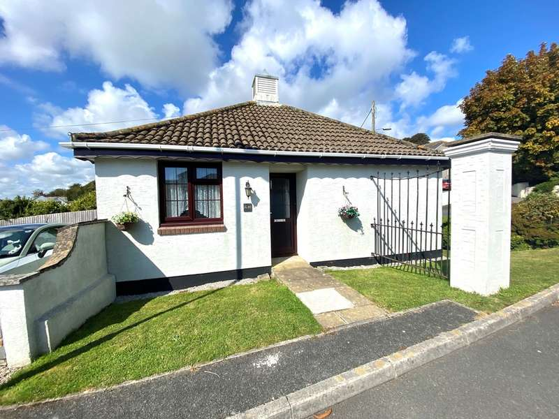 2 Bedrooms Detached Bungalow for sale in Chisholme Close, St. Austell
