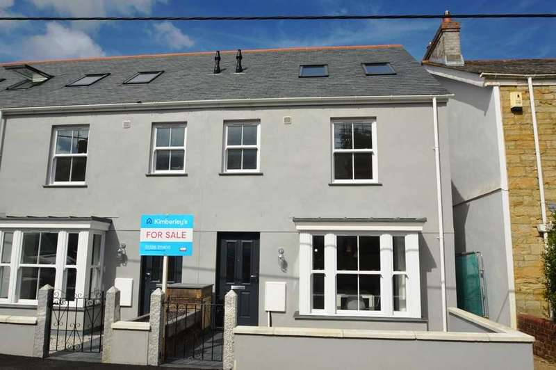 4 Bedrooms End Of Terrace House for sale in TRURO