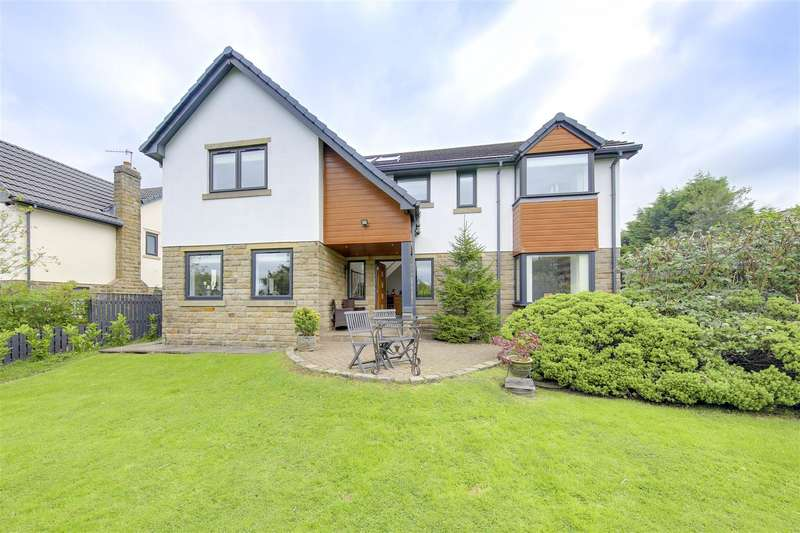 5 Bedrooms Detached House for sale in Manchester Road, Habergham Eaves, Burnley