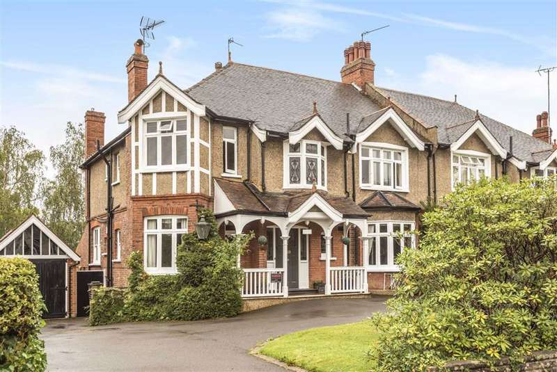 5 Bedrooms Semi Detached House for sale in Lancaster Avenue, Hadley Wood, Hertfordshire