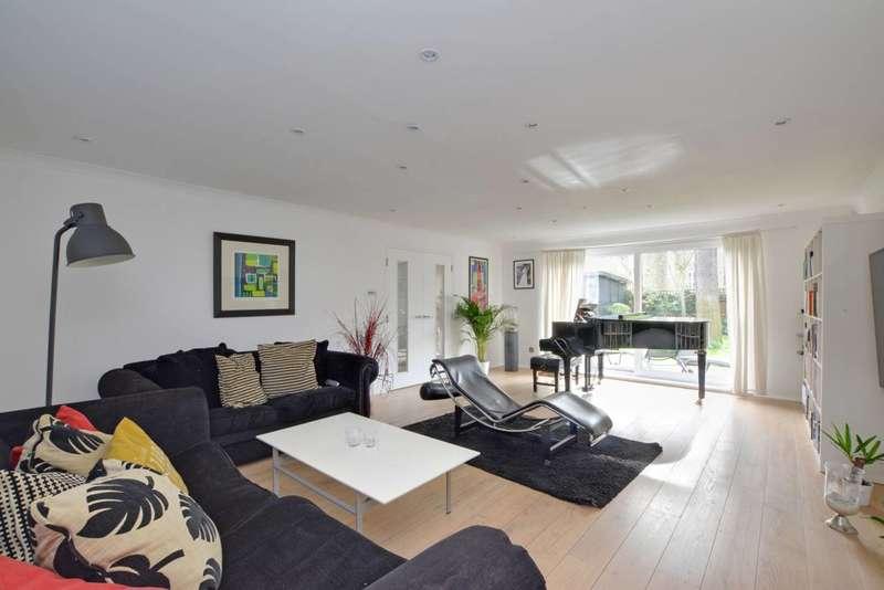 6 Bedrooms Detached House for sale in Heathway, Blackheath, SE3