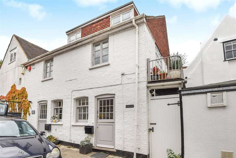 2 Bedrooms End Of Terrace House for sale in Quay Street, Lymington, Hampshire, SO41