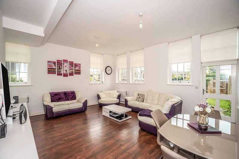 3 Bedrooms Property for sale in Chapel Drive, Dartford, DA2