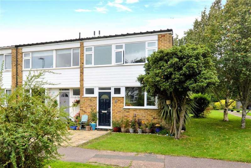 3 Bedrooms End Of Terrace House for sale in Highfield Green, Epping