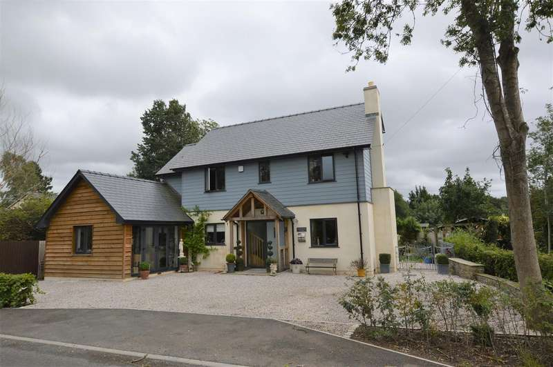 3 Bedrooms Detached House for sale in New Road, Kimbolton, Leominster