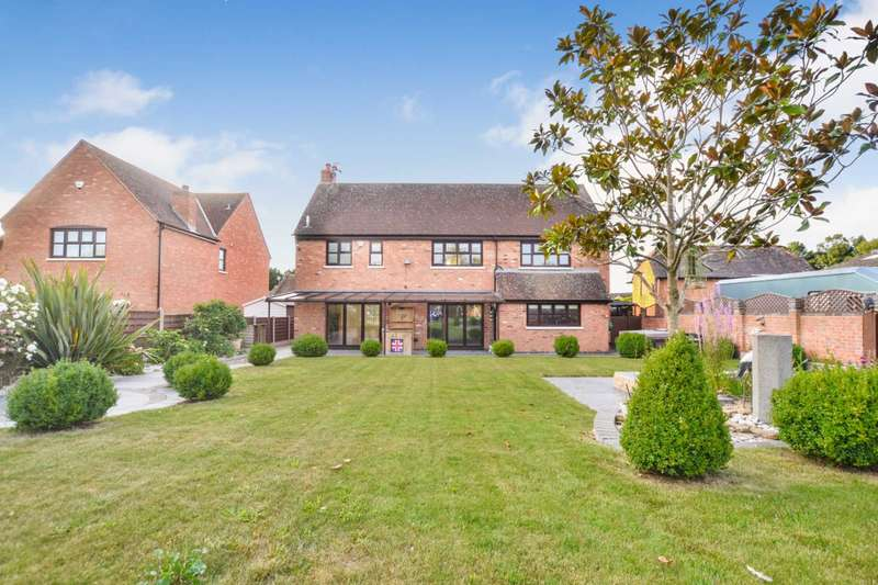 4 Bedrooms Detached House for sale in Churchend, Tewkesbury, Gloucestershire
