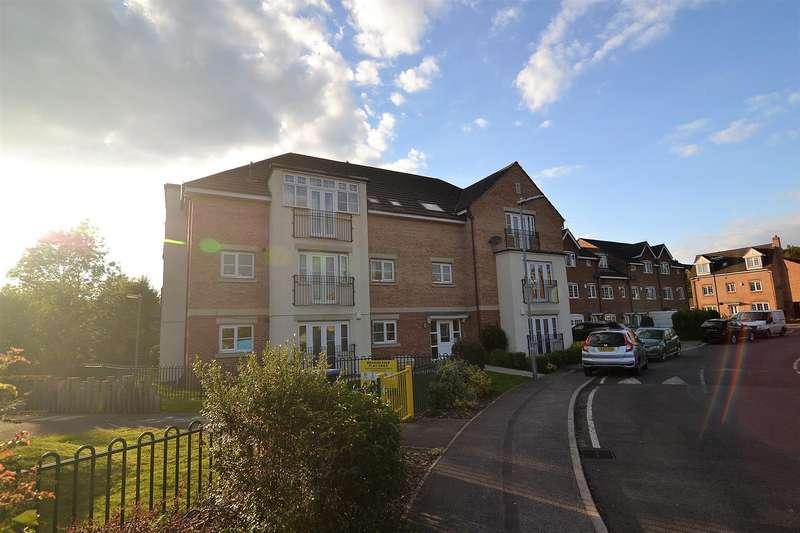 2 Bedrooms Apartment Flat for sale in Radulf Gardens, Liversedge