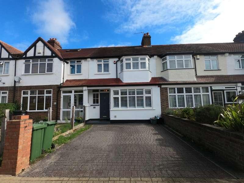 3 Bedrooms Terraced House for sale in Aviemore Way, Beckenham