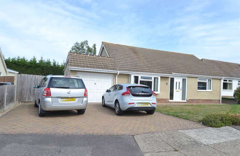 3 Bedrooms Detached Bungalow for sale in Willow Way, Chestfield, Whitstable