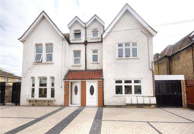 Semi Detached House for sale in Dunheved Road South, Thornton Heath