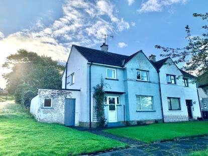 3 Bedrooms Semi Detached House for sale in Slaidburn Drive, Lancaster, Lancashire, LA1