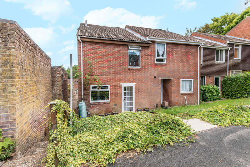 3 Bedrooms End Of Terrace House for sale in May Tree Close, Winchester