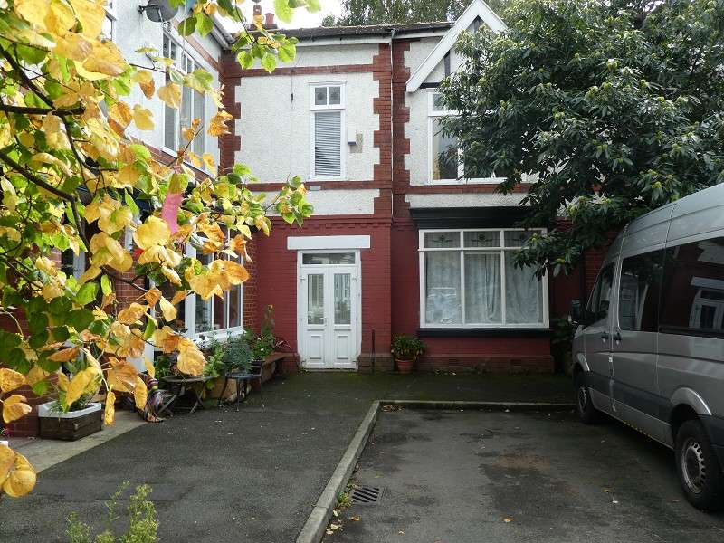 3 Bedrooms Terraced House for sale in Whalley Avenue, Whalley Range, Manchester. M16 8AT