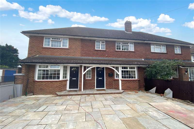 5 Bedrooms Semi Detached House for sale in Stephen Close, Egham, Surrey, TW20