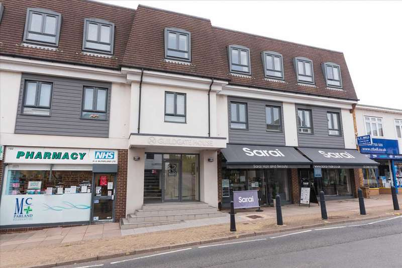 1 Bedroom Studio Flat for sale in Guildgate House, High Street, Crowthorne