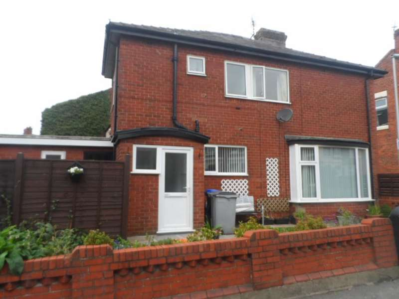 2 Bedrooms Terraced House for sale in Elizabeth Street, Blackpool, FY1 3LZ
