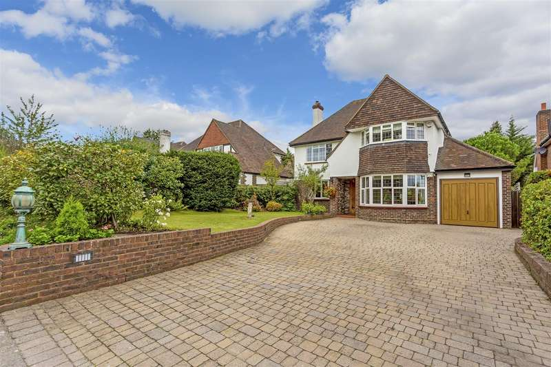 5 Bedrooms Detached House for sale in Fir Tree Road, Epsom