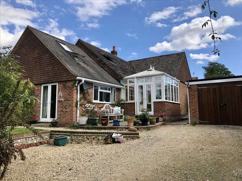5 Bedrooms Bungalow for sale in Briars Patch, Spring Lane, St. Mary Bourne