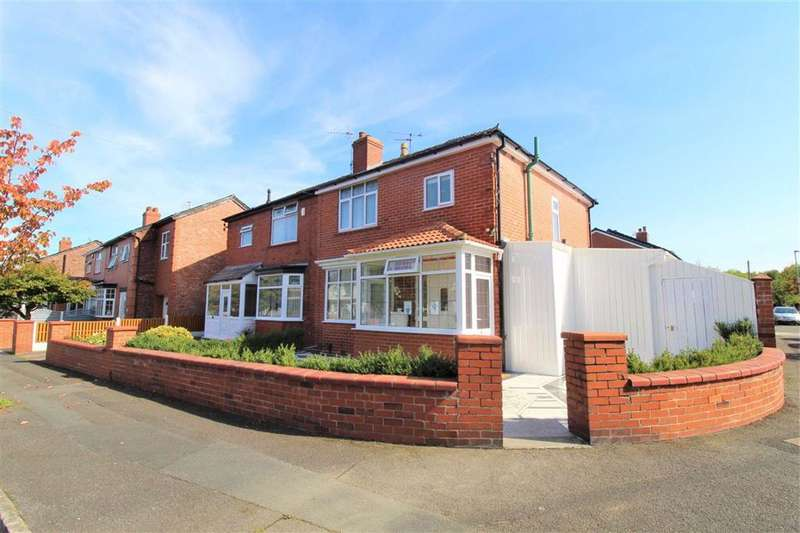 4 Bedrooms Semi Detached House for sale in Kempton Road, Manchester