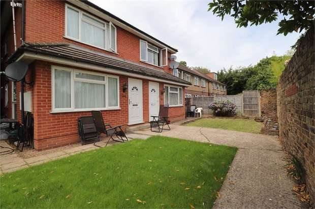 1 Bedroom End Of Terrace House for rent in Spring Grove Road, Isleworth, Greater London