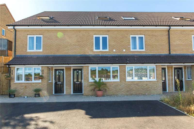 3 Bedrooms Terraced House for sale in Ironside Close, Walderslade, Chatham, Kent, ME5