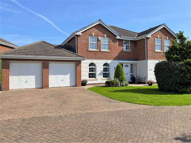 5 Bedrooms Detached House for sale in Abbots Row, Cypress Point, Lytham St Annes