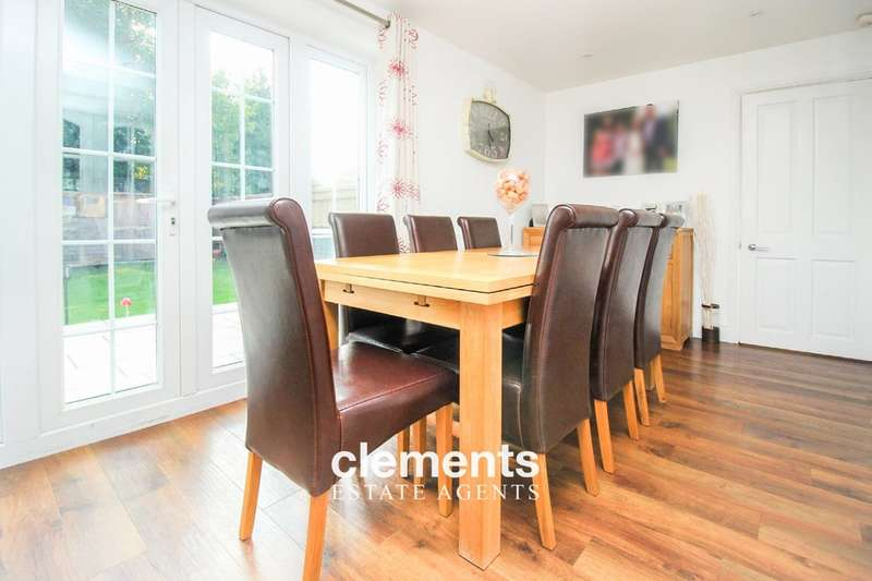 4 Bedrooms Detached House for sale in Adeyfield, Hemel Hemsptead