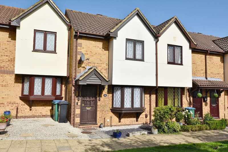2 Bedrooms Terraced House for sale in Alder Walk, Watford