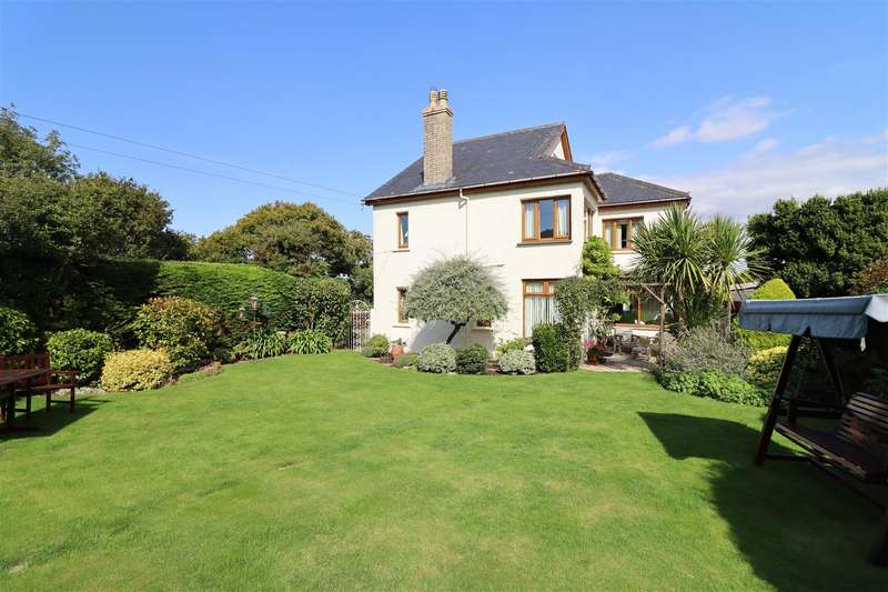 4 Bedrooms Detached House for sale in Chapel Hill, Truro