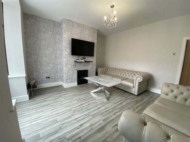 3 Bedrooms Semi Detached House for sale in Westbourne Avenue, Bolton, Bolton
