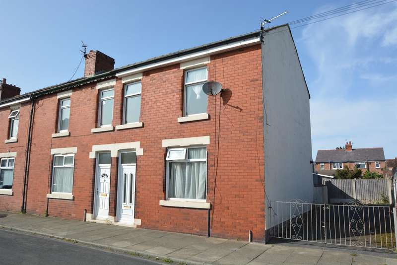 3 Bedrooms End Of Terrace House for sale in Dalton Avenue, South Shore, Blackpool, FY4 2QF