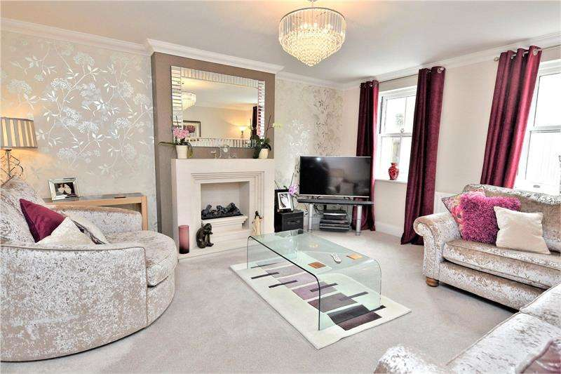 4 Bedrooms Semi Detached House for sale in Parade Walk, Shoeburyness, Shoebury Garrison, Essex, SS3