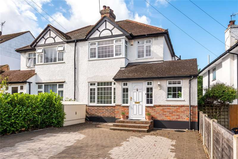 3 Bedrooms Semi Detached House for sale in Oaklands Avenue, Watford, WD19