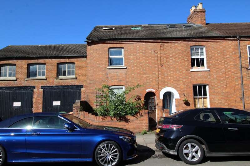 3 Bedrooms House for sale in Bower Street, Bedford, Bedfordshire, MK40