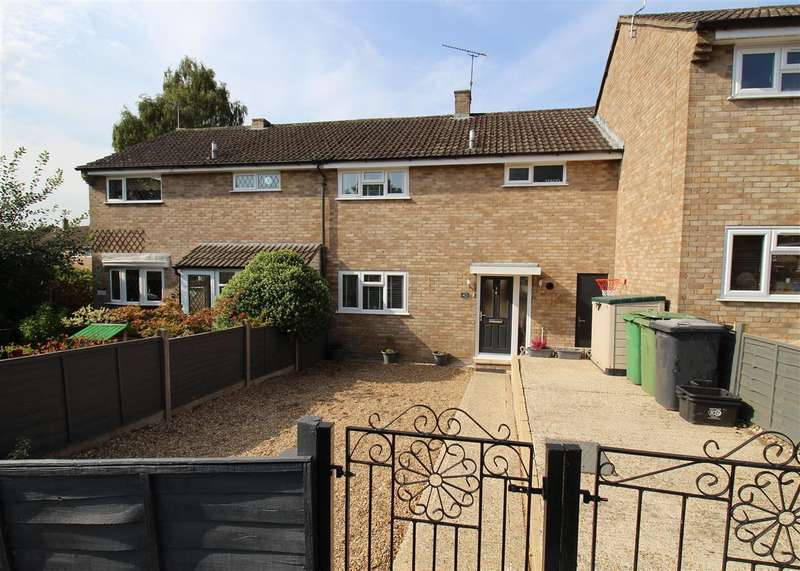 3 Bedrooms Terraced House for sale in Horseshoe, Bordon
