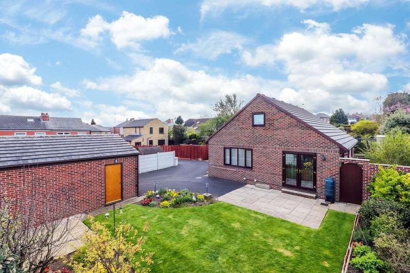 3 Bedrooms Detached Bungalow for sale in Glebe Gate, Thornhill, Dewsbury