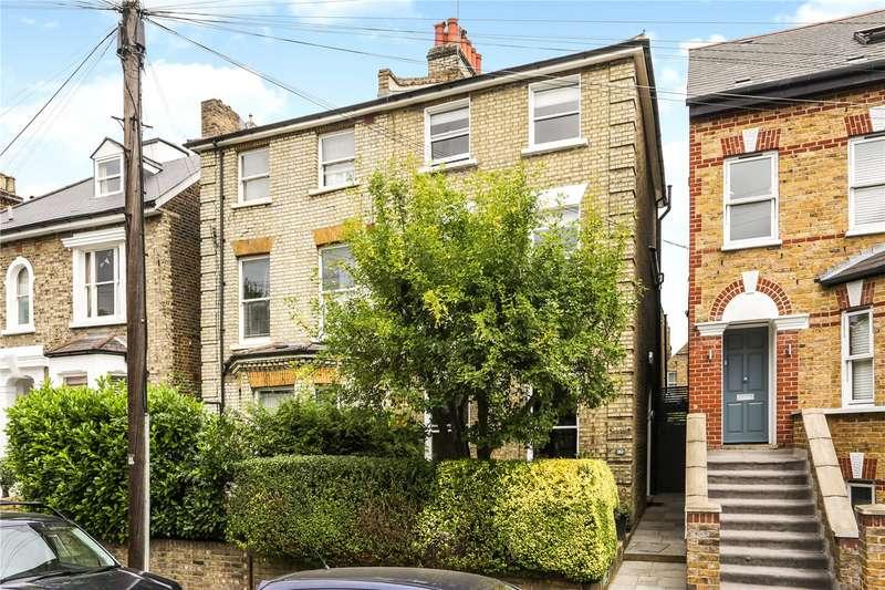 4 Bedrooms Semi Detached House for sale in Ramsden Road, London, SW12