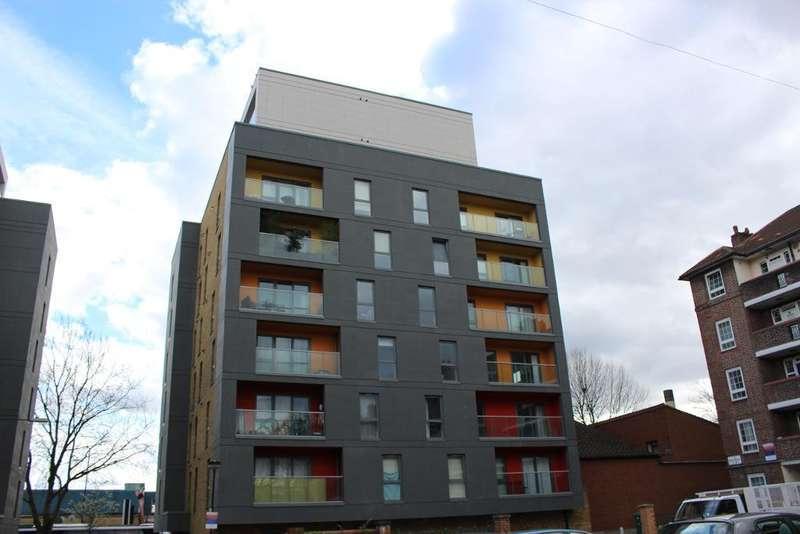 2 Bedrooms Flat for sale in 54 Crowder Street, Aldgate, London, E1 0EZ