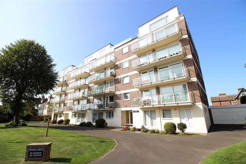 3 Bedrooms Penthouse Flat for sale in Craneswater Park, Southsea