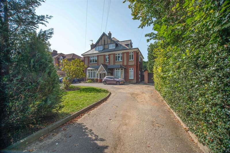 1 Bedroom Apartment Flat for sale in Langley Road, Watford