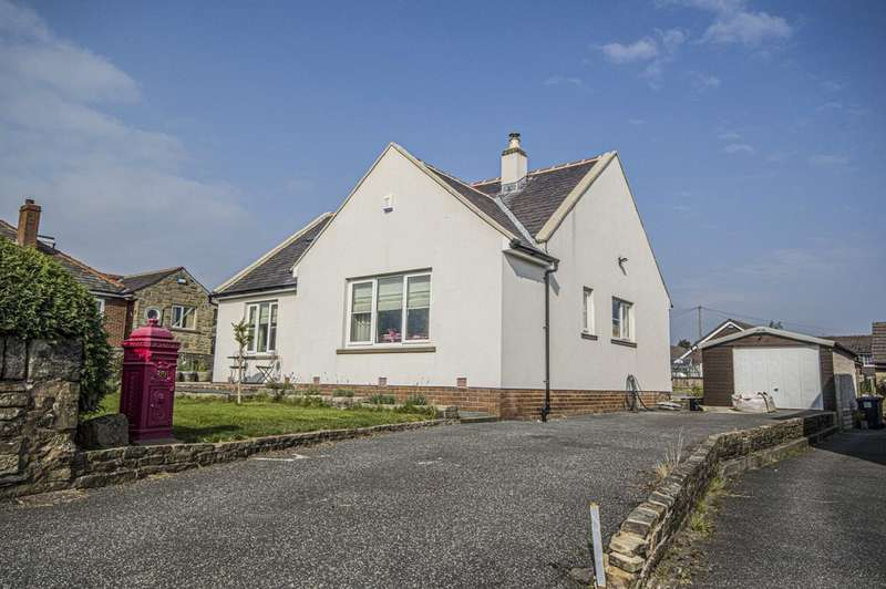 3 Bedrooms Detached Bungalow for sale in Slaithwaite Road, Meltham, Holmfirth