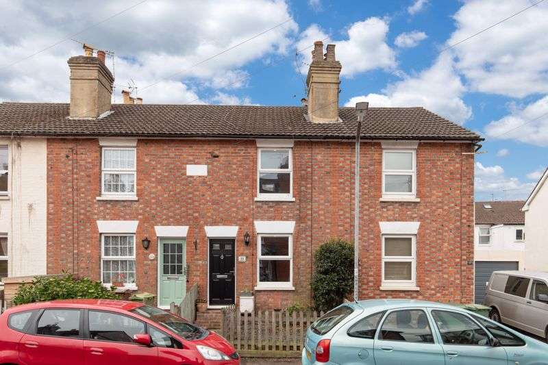 2 Bedrooms Property for sale in Meadow Road, Southborough Tunbridge Wells