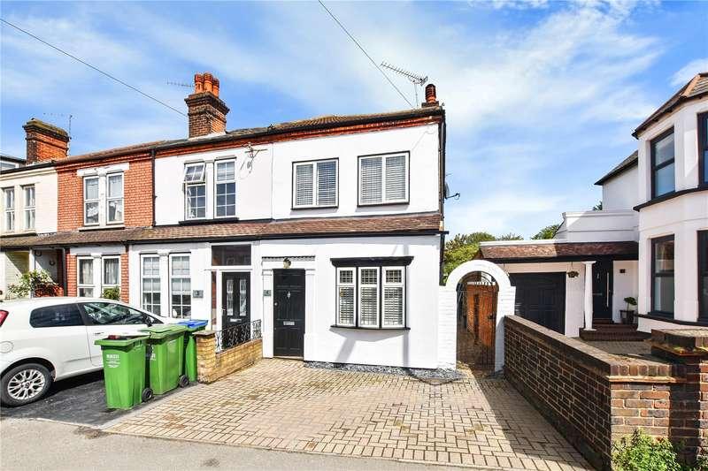 3 Bedrooms End Of Terrace House for sale in Vicarage Road, Bexley Village, Kent, DA5