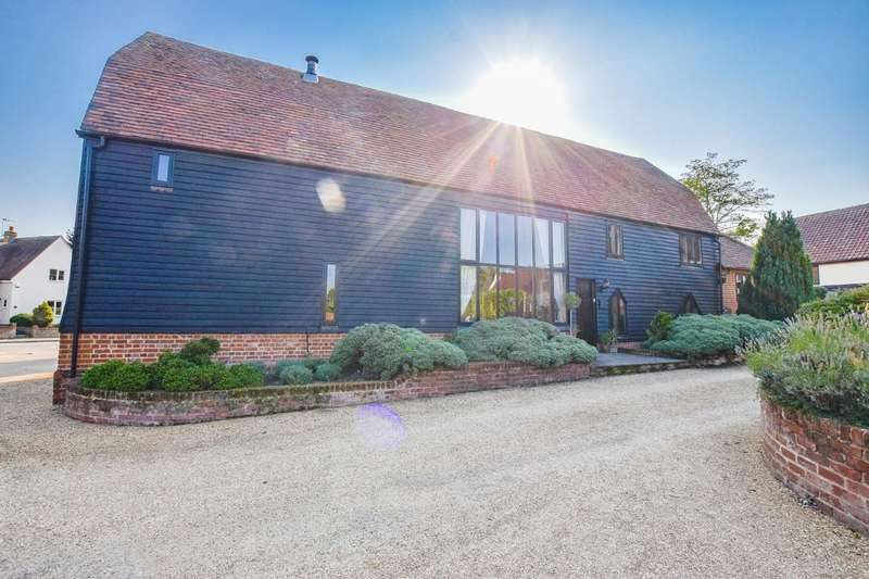 4 Bedrooms Barn Conversion Character Property for sale in Park Street, Thaxted, Dunmow